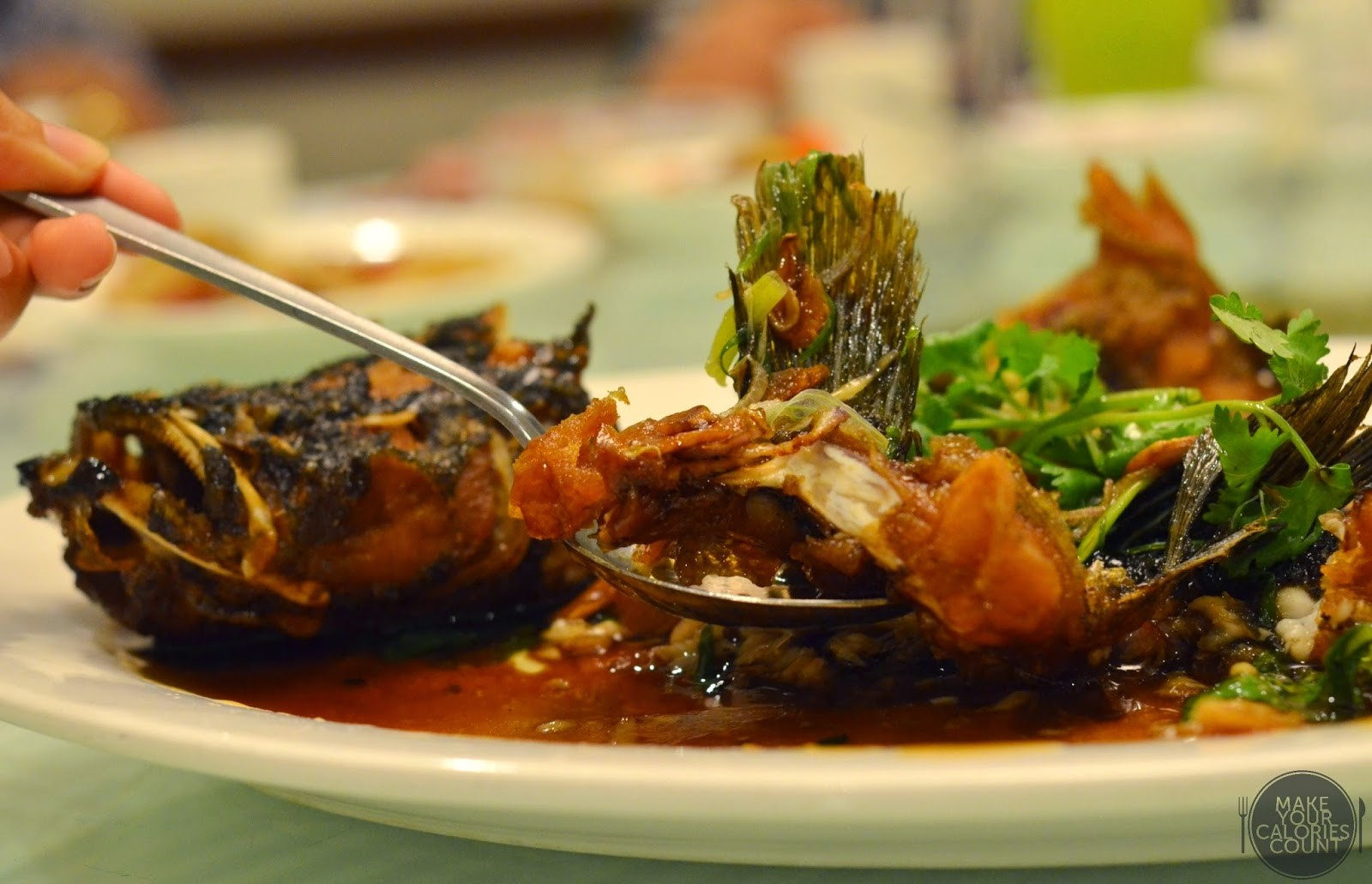Joyden seafood restaurant perfect for family gatherings for Fried fish calories